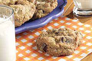 BAKER'S® ONE BOWL Super Chunk Cookies