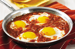 Eggs in Fiery Tomatoes