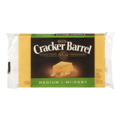 CRACKER BARREL Medium Coloured Cheddar Cheese