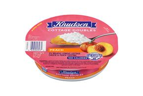 Knudsen Cottage Cheese Doubles - Peach 3.9 Oz Tray