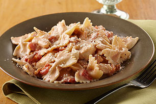 Creamy Chicken, Bacon & Tomato Pasta