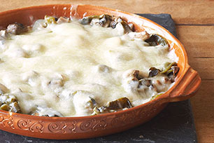 Cheese Fondue with Chiles and Mushrooms