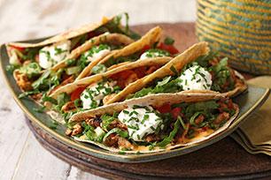 Tacos de pollo con pesto al guajillo