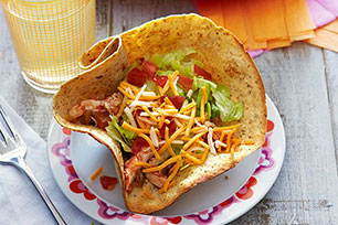 Kids Can Cook: Chicken Tinga Tortilla Cups