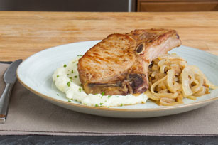 Pork Chops with Beer, Apples & Creamy Mashed Potatoes Image 1