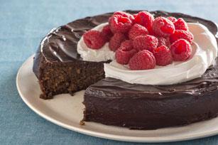 Flourless Chocolate Quinoa Cake with Chocolate Ganache Glaze