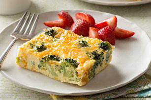 Easy Broccoli-Cheese Oven Omelet Image 1