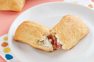 Spicy Cream Cheese & Bacon Pillows