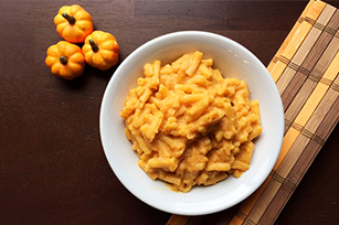 halloween pumpkin mac cheese