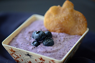 Cinnamon Sugar Crisps with Sweet and Fluffy Blueberry Dip
