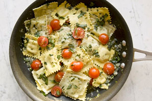 Cheese Ravioli with Tomato and Basil