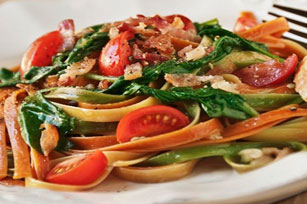 Pasta with Bacon, Tomatoes and Spinach Image 1