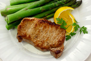 Lime Pork Chops with Asparagus Image 1