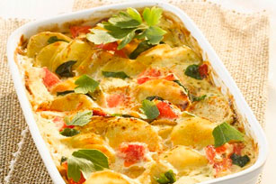 Tomato-Topped Cheesy Potato Bake Image 1