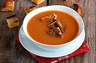Slow-Cooker Tomato Soup with Croutons