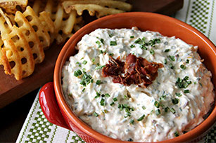 Tastes Just Like Loaded Baked Potato Dip Image 1
