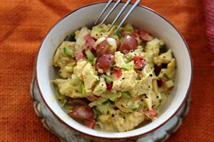 Creamy Curried Chicken Salad with Grapes Image 1