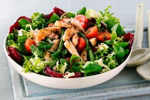 Salade de poulet, de haricots verts et de tomates Image 1