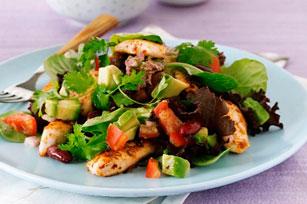 Salade de poulet piquant et d'avocat Image 1