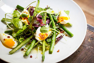 Asparagus Salad with Bacon and Eggs Image 1