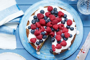 Lemon Berry Cake Image 1