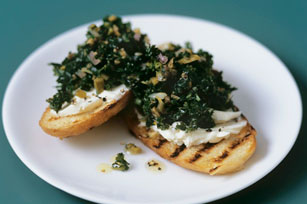 Garlicky Kale and Cheese Crostini