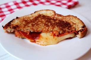 Pepperoni Grilled Cheese Image 1