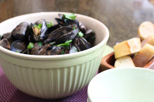 Beer-BBQ Steamed Mussels for Two