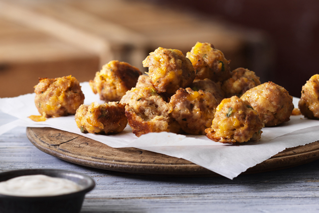 Boulettes de poulet épicées au fromage et à la sauce sriracha  Image 1