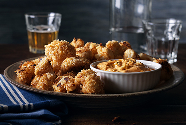 "Sriracha Cauliflower ""Wings"" with Blue Cheese Dip Image 1"
