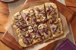 Roasted Mushroom and Onion Flatbread Image 1