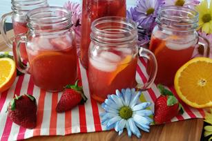 Agua fresca de fresa y naranja con CRYSTAL LIGHT