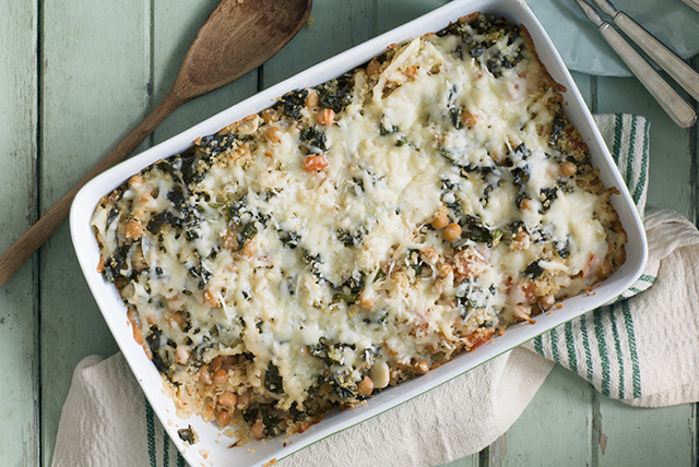 Cheesy Quinoa, Kale and Chickpea Bake Image 1