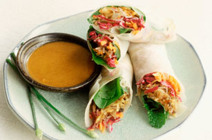 Spring Rolls with Spicy Peanut Sauce Image 1