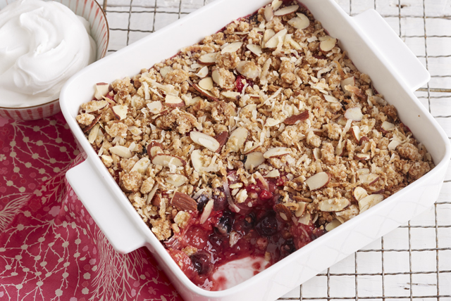 Mixed Berry Crisp Image 1