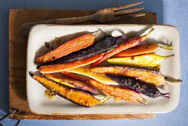Roasted Carrots with Sesame-Ginger Glaze