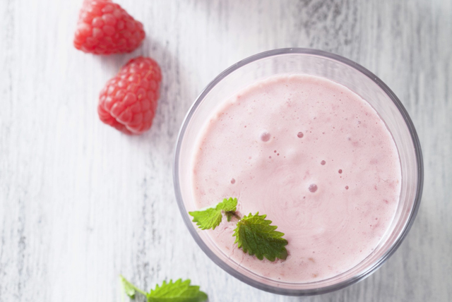 Raspberry-Lemon Smoothie Image 1