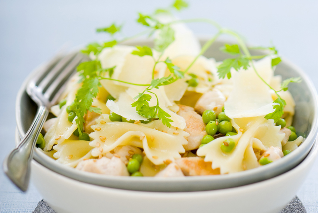 Easy Bow-Tie Pasta and Chicken Salad