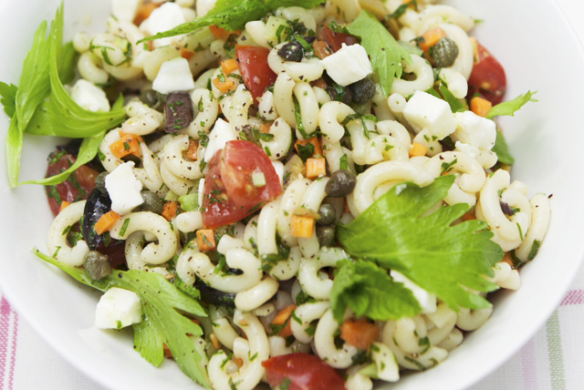 Easy Greek Pasta Salad Image 1