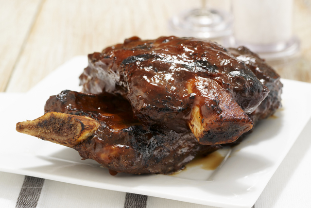Sweet and Spicy Korean Ribs Image 1