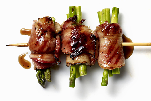 Asparagus and Bacon Kebabs Image 1