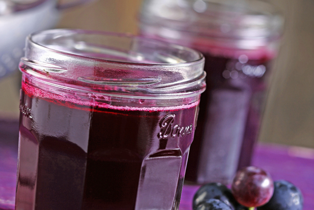 Cooked Light Grape Jam - CERTO Light Crystals