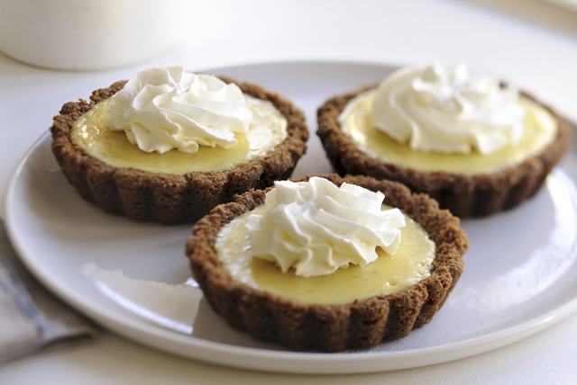 Lemon-Lime Pudding Tarts Image 1