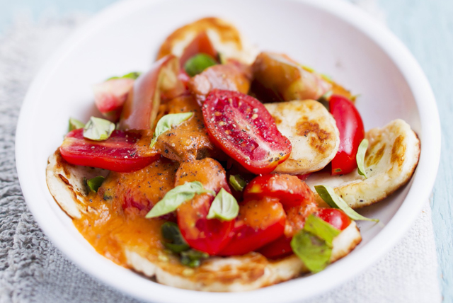 Creamy Halloumi and Tomato Salad Image 1