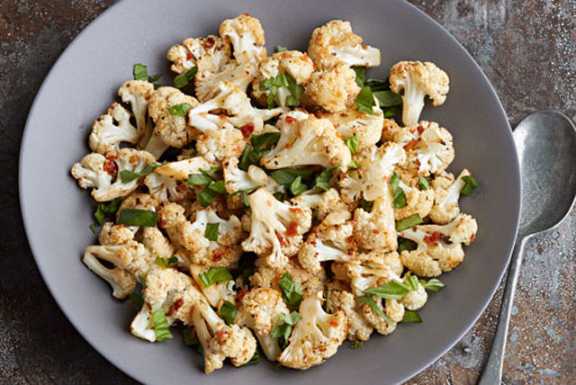 Sun-Dried Tomato-Basil Roasted Cauliflower Image 1