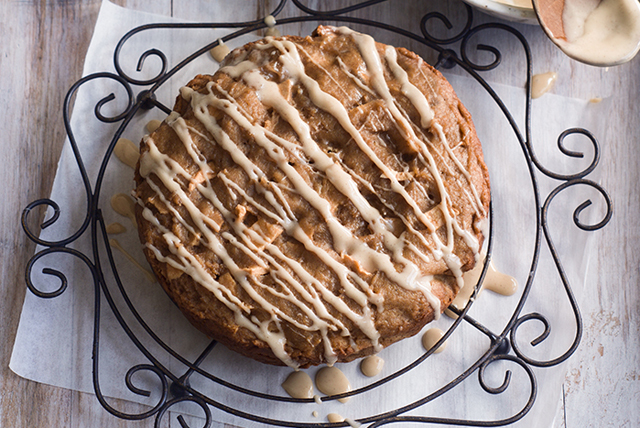 Slow-Cooker Apple Cake Image 1