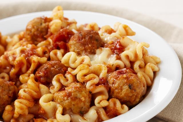 Quick Meatball Lasagna Skillet Image 1