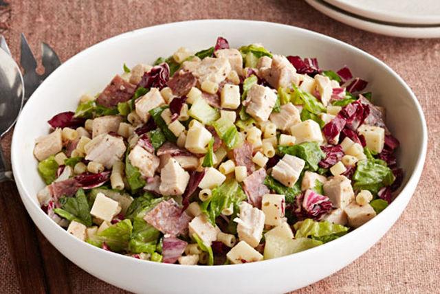 Salade au poulet haché et aux légumes à l'italienne Image 1