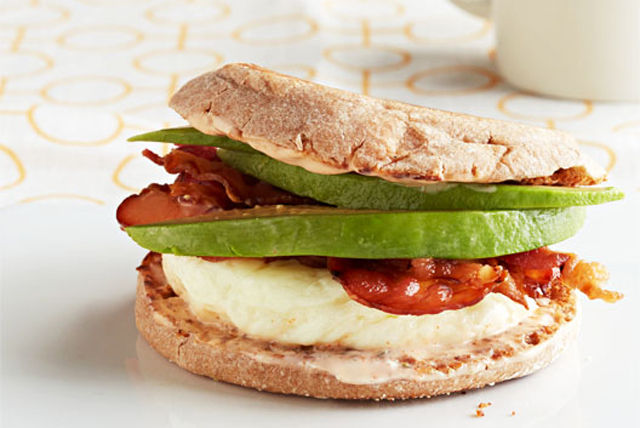 7-Minute California Egg Sandwich Image 1