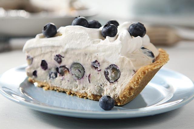 Tarte à la crème facile au yogourt et aux bleuets Image 1